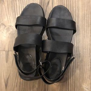 Cole Haan black leather platform sandals size 8